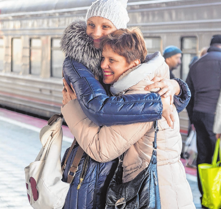 Große Emotionen beim Wiedersehen nach längerer Zeit.Foto: Madhourse/shutterstock.com