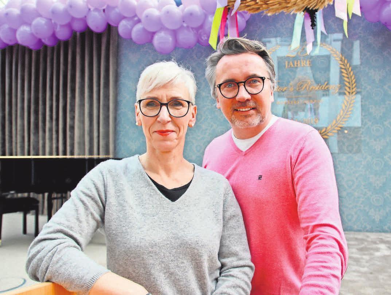 Pflegedirektorin Corinna Dittmer und Direktor Adrian Marius Grandt leiten das Haus in Laatzen und entwickeln für jeden Bewohner ein individuelles Pflegeangebot.
