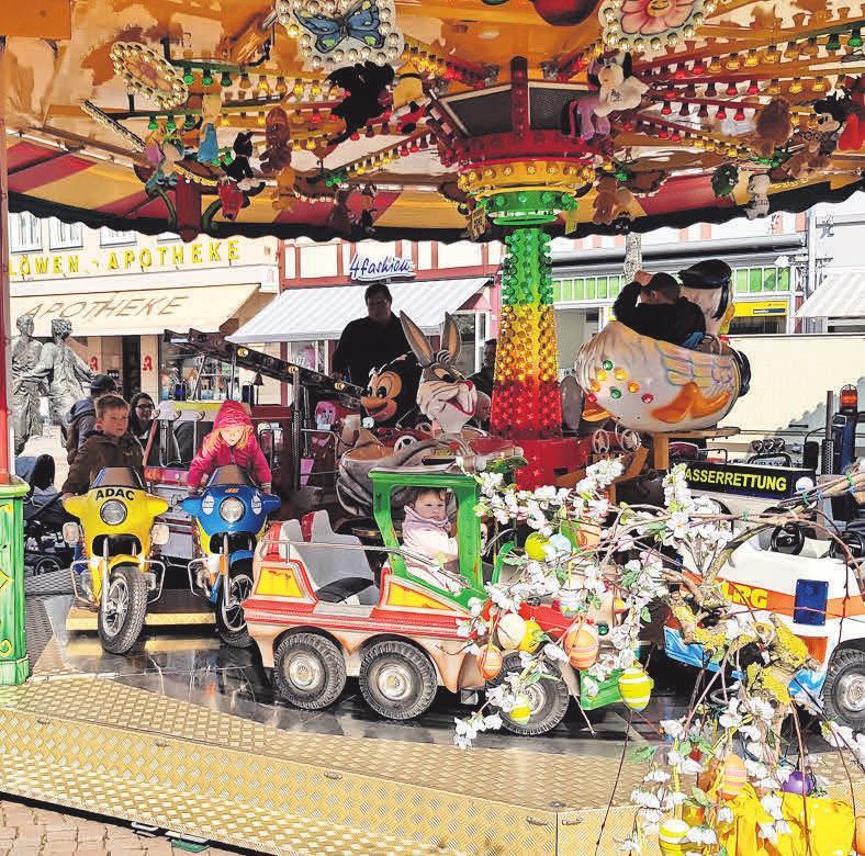 Auch der Kinderspaß darf am Sonntag nicht zu kurz kommen: Das Karussell steht bereit.