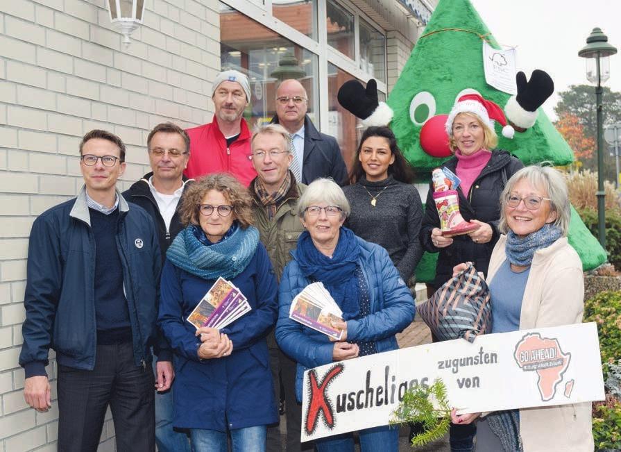 Die Mitglieder des Treffpunktes Rellingen und weitere Mitwirkende freuen sich, wieder ein abwechlungsreiches Programm für den Weihnachtsmarkt im Herzen Rellingens zusammengestellt zu haben Foto: Klein