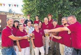 Schleberodaer sind fröhliche Menschen - im Dorfwettbewerb erreichten sie die Bundes-Silbermedaille. FOTO: NICKY HELLFRITZSCH