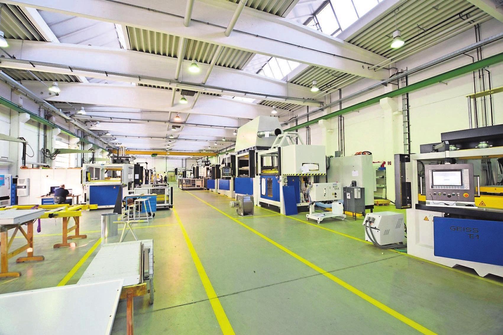 Die GEISS AG fertigt in Seßlach Maschinen, die in die ganzeWelt exportiert werden.