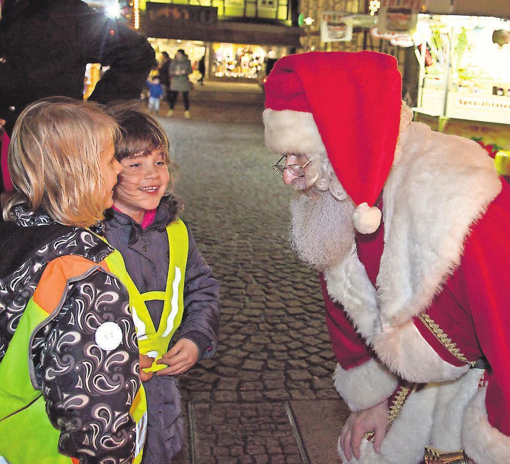 Auch der Weihnachtsmann hat seinen Besuch angekündigt.