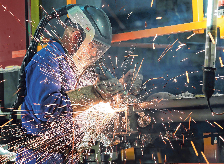 Die meisten Beschäftigten im Landkreis Sigmaringen sind im Maschinenbau tätig. FOTO: DPA