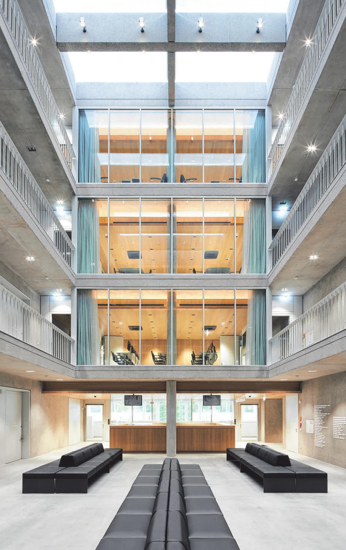 Die weitläufigen Innenräume des Erweiterungsbaus sind von Licht durchflutet. FOTO: STEFAN MÜLLER-NAUMANN