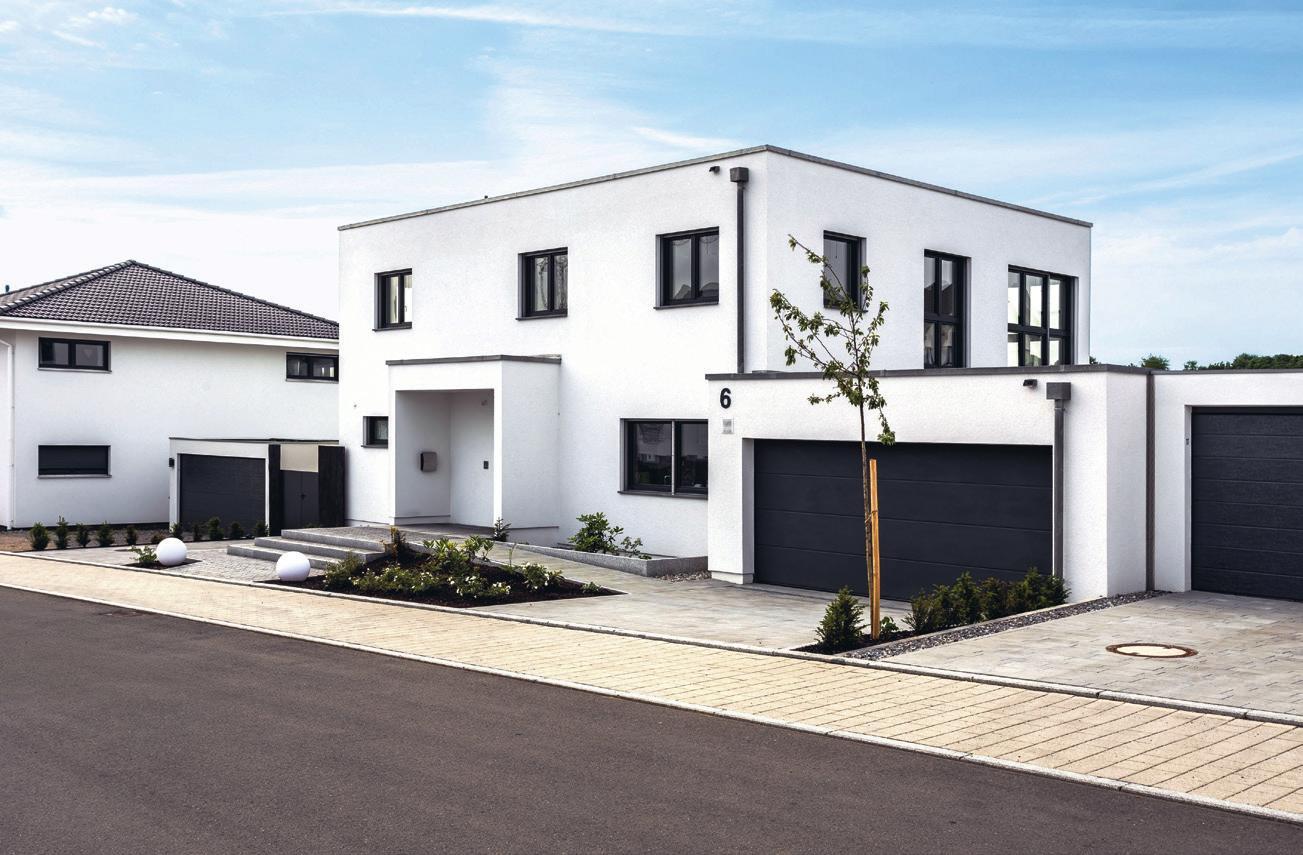 Ob frei geplantes Architektenhaus oder Traumhaus aus einer Baureihe: Für das Bauen mit mehreren Wohneinheiten gibt es viele Möglichkeiten.
