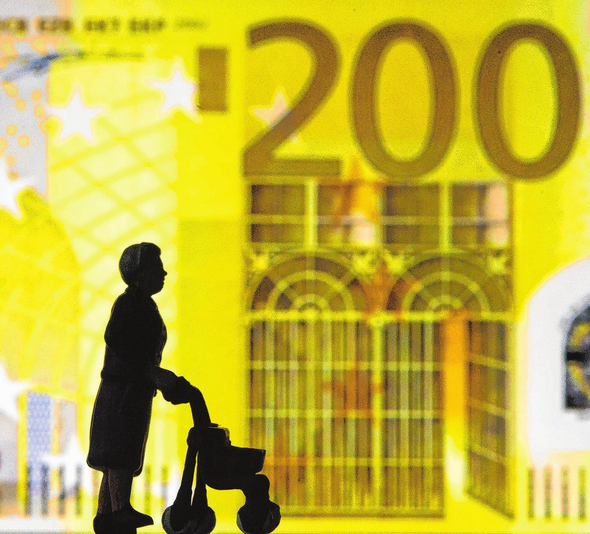 Altersvorsorge wird steuerlich gefördert: Bestimmte Zahlungen senken als Sonderausgaben das zu versteuernde Einkommen. Foto: Andrea Warnecke/dpa-mag