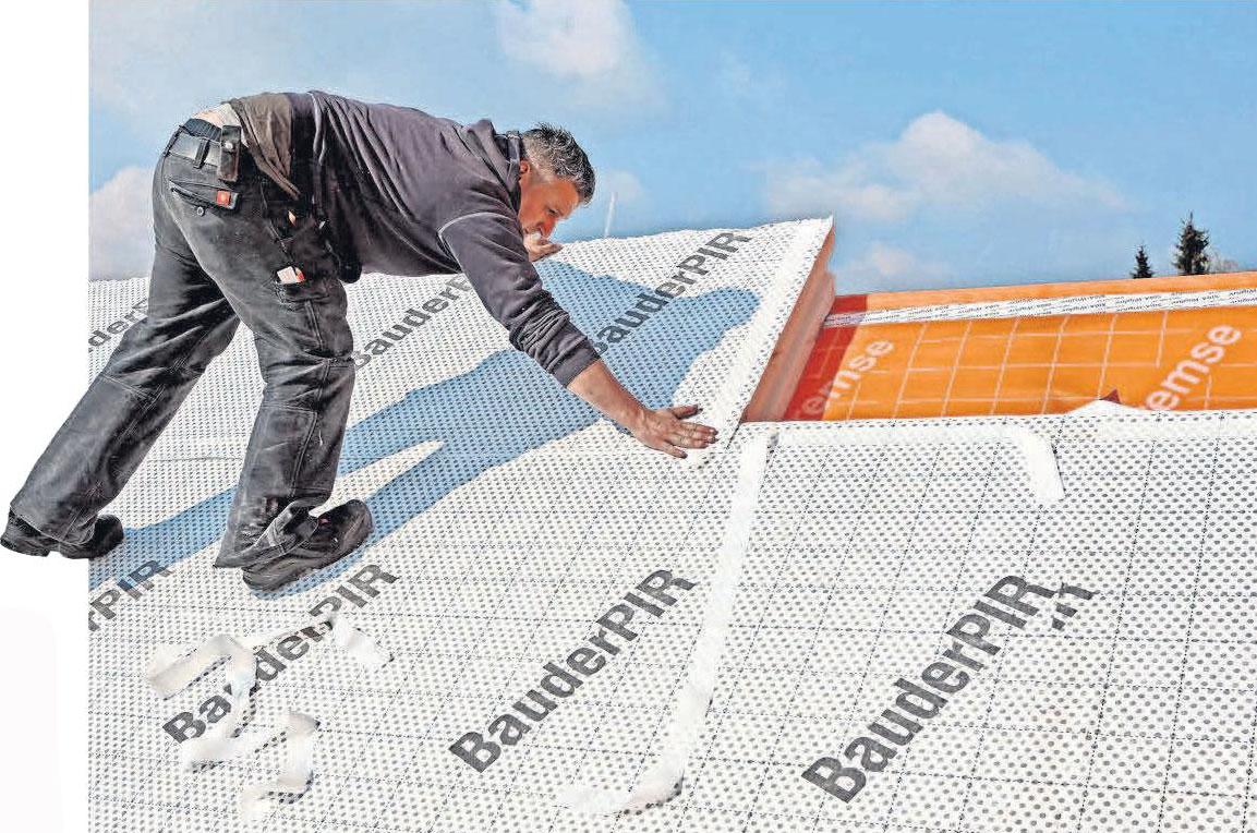 Mit einer Dachsanierung ist es möglich, die Heizkosten zu senken und das Klima zu schützen. FOTO: DJD/PAUL BAUDER