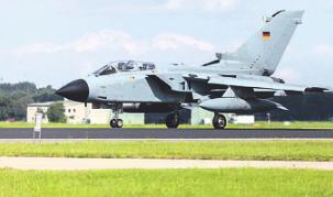 25 Tornado-Kampfflieger sollen ab 2022 nach Nörvenich umziehen. Bild: filmbildfabrik/stock.adobe.com
