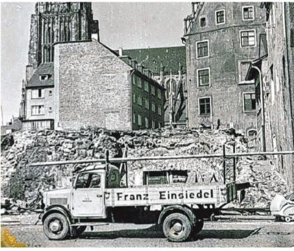In der Nachkriegszeit leistete die Franz Einsiedel GmbH ihren Beitrag zum Wiederaufbau des zerstörten Ulms.