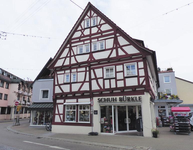 Das Fachwerk von Schuh Bürkle haben Thomas Frick und sein Team fachkundig renoviert.
