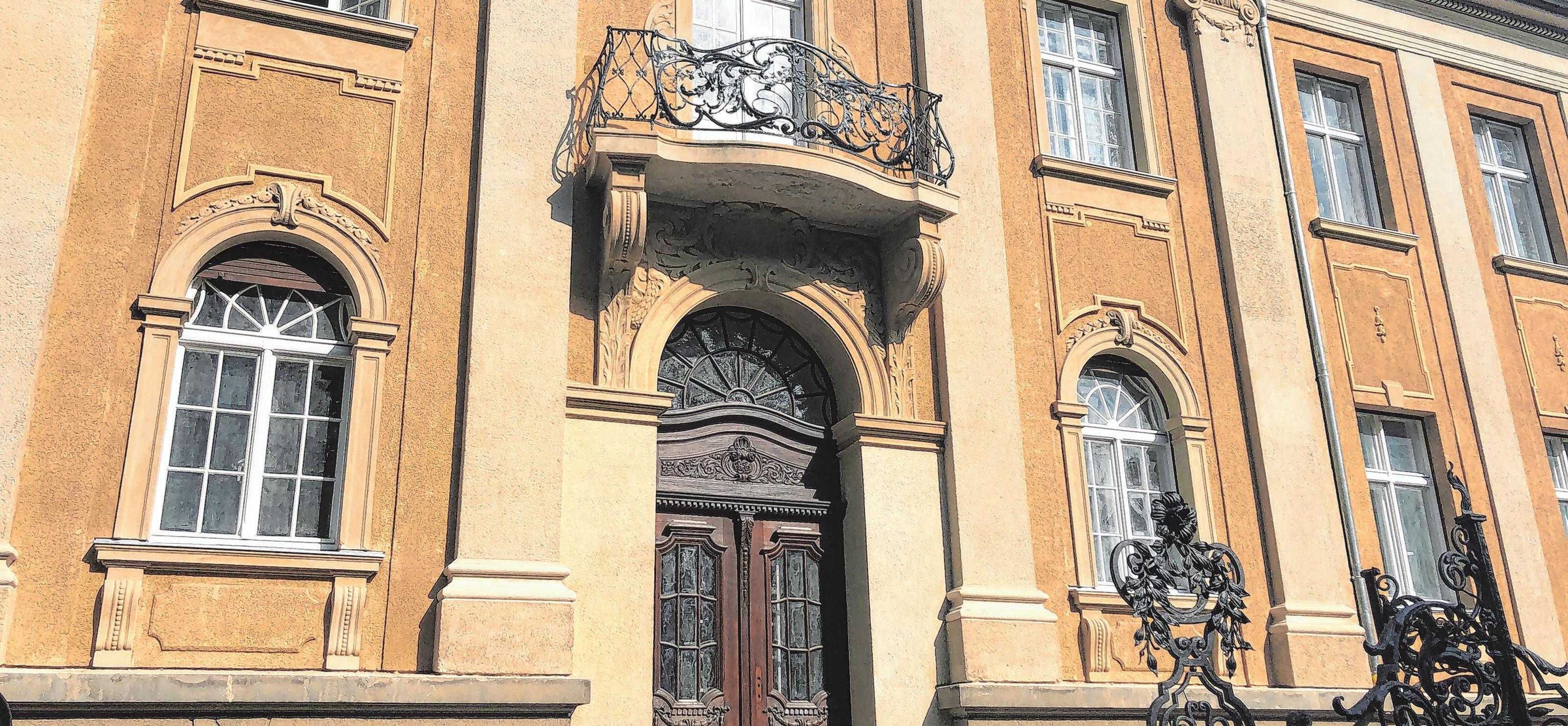 Die eindrucksvolle Villa steht unter Denkmalschutz.