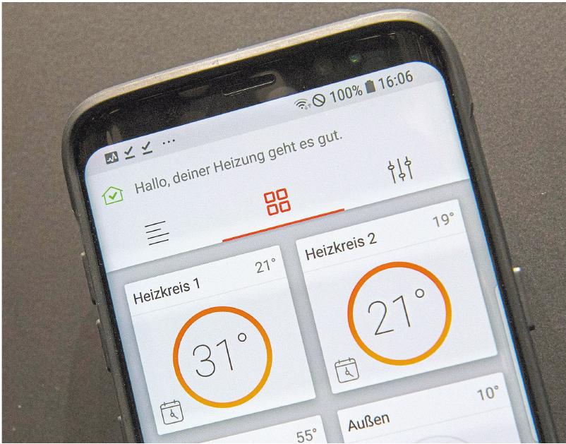 """""""Deiner Heizung geht es gut"""" – im Smart Home schickt die Heizanlage dem Hausbesitzer Nachrichten auf das Smartphone. Foto: dpa"""