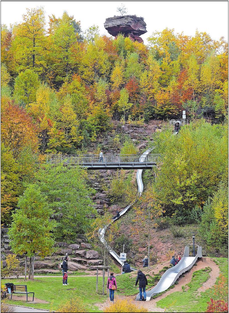 Mit Riesenrutsche: der Spielpark in Hinterweidenthal.Foto: Buchholz