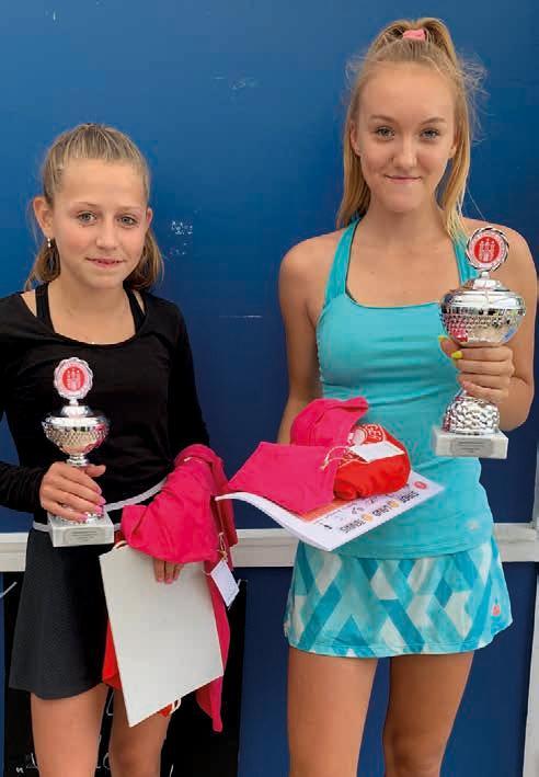 Juniorinnen U14: v.r. Angela Kisiehl (BW Lohbrügge) – Elena Thiel (Victoria Hamburg) 5:7, 6:2, 11:9