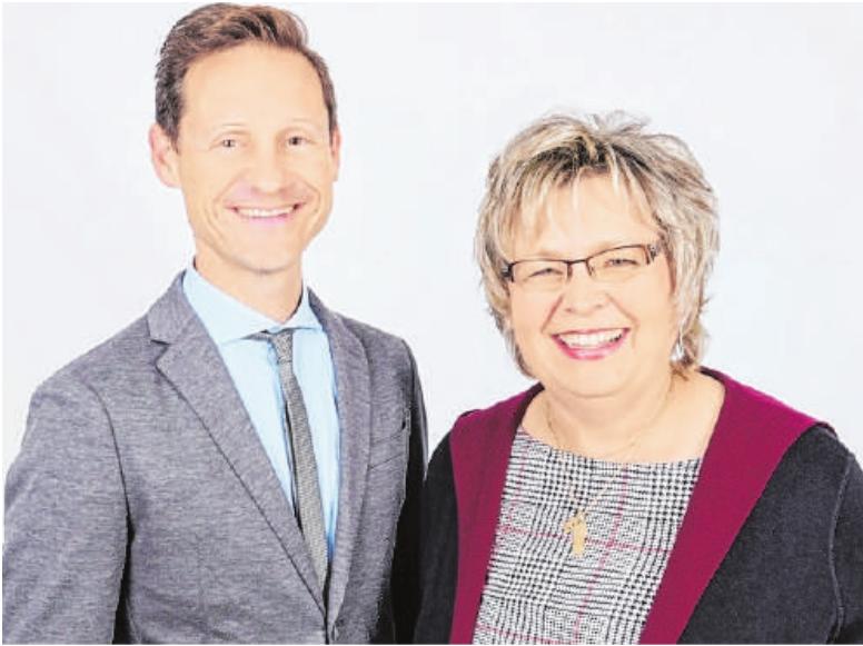 Zum bevorstehenden Herbstfest am Wochenende laden Bürgermeister Thorsten Wozniak und die Vorsitzende von gerolzhofenAKTIV, Petra Aumüller, ein.FOTO: IRA MÜLLER