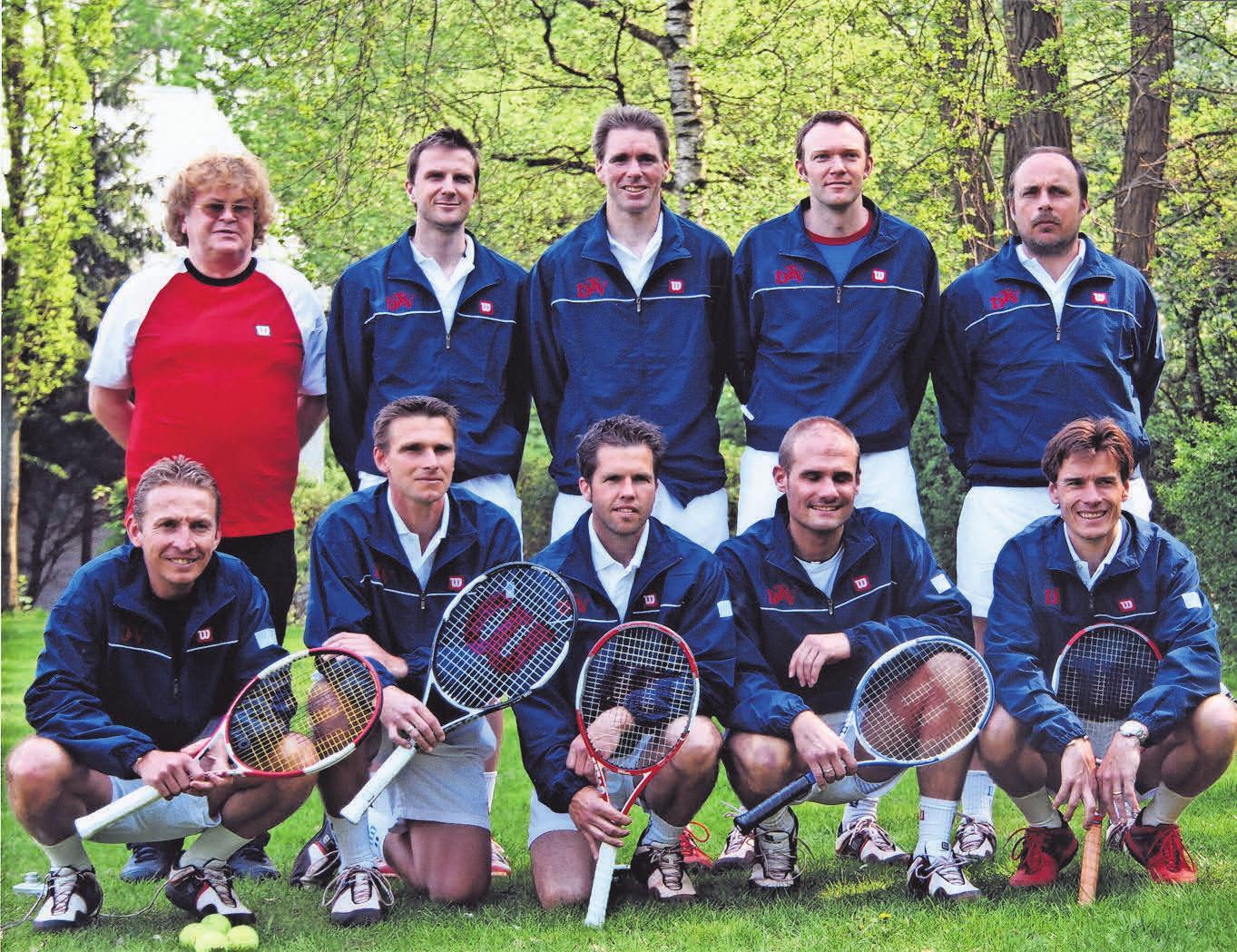 Die Herren-30-Bundesliga Mannschaft von 2006. DTV Hannover