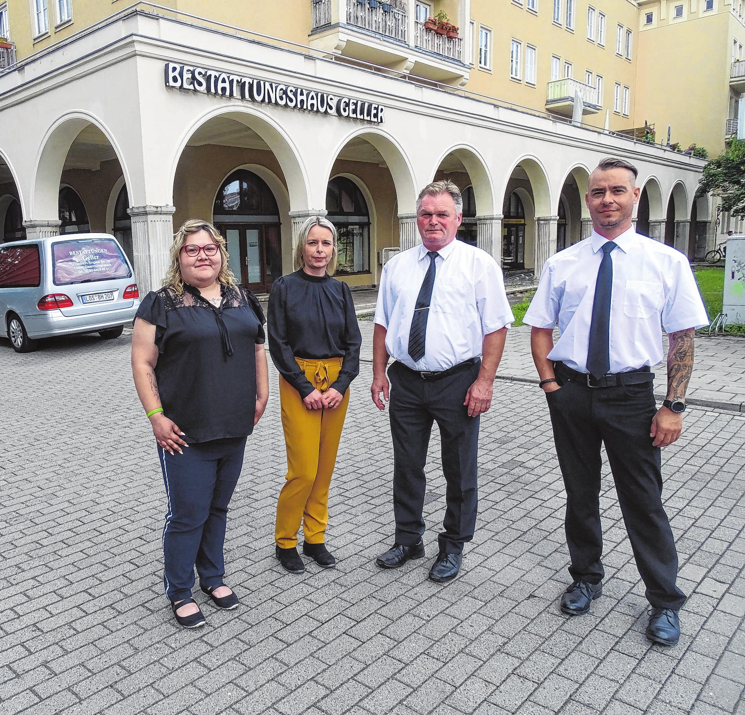 In Eisenhüttenstadt: Stacy Odoy, Mandy Geller, Veit Teichmann und Steffen Meier (v.l.) Foto: Grit Hamhalter