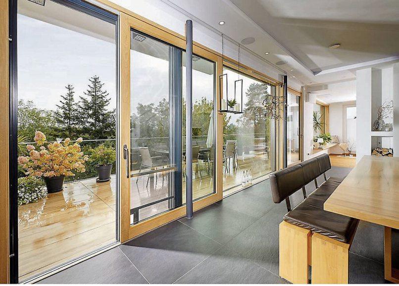 Große Fensterflächen sorgen für das Naturkino daheim. Bilder: UNILUX/VFF