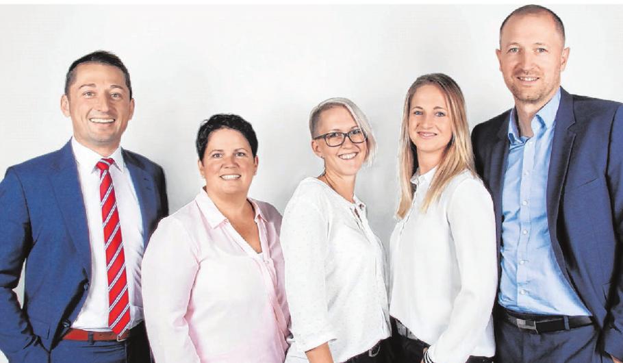 Das Team rund um Firmeninhaber Christian Scheffold und dessen Geschäftspartner Patrick Seidel: Nikola Rosteck, Angela Miller und Stefanie Socher. Foto: Scheffold Immobilien