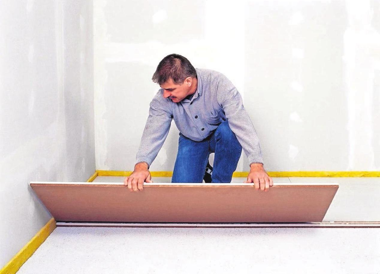 Bauherren setzen zunehmend auf den ökologischen Baustoff Holz. Foto: dpd