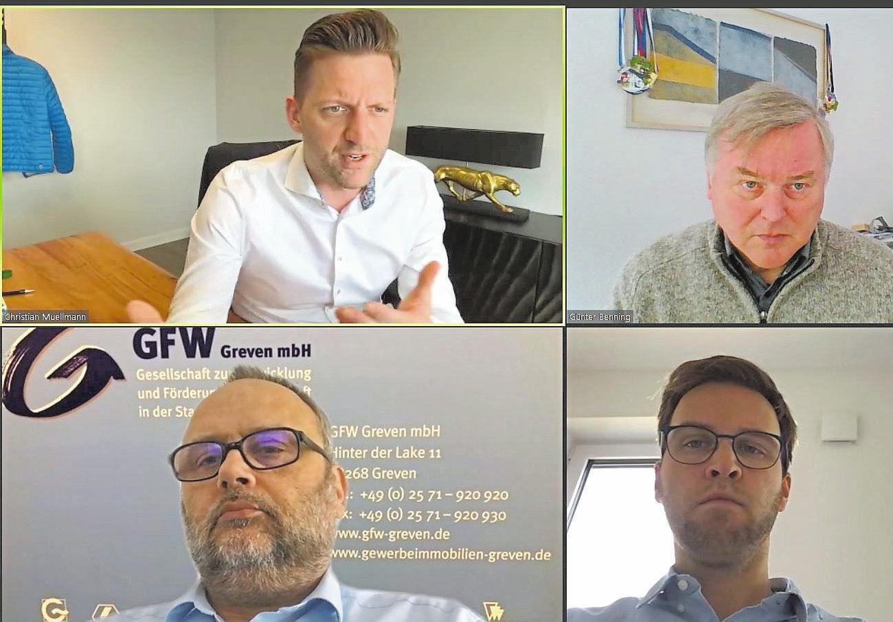 Wirtschaftsförderer Stefan Deimann (unten l.) und Christian Muellmann von FreiGeist (oben l.) in einer Zoom-Konferenz. Sie haben die erste Online-Karrieremesse organisiert.