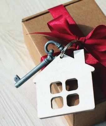 """Der Verpackungstyp """"Perfektionist"""" – siehe Seite 12 – hätte für den KeySmart auch schon die passende Idee zum Einpacken"""