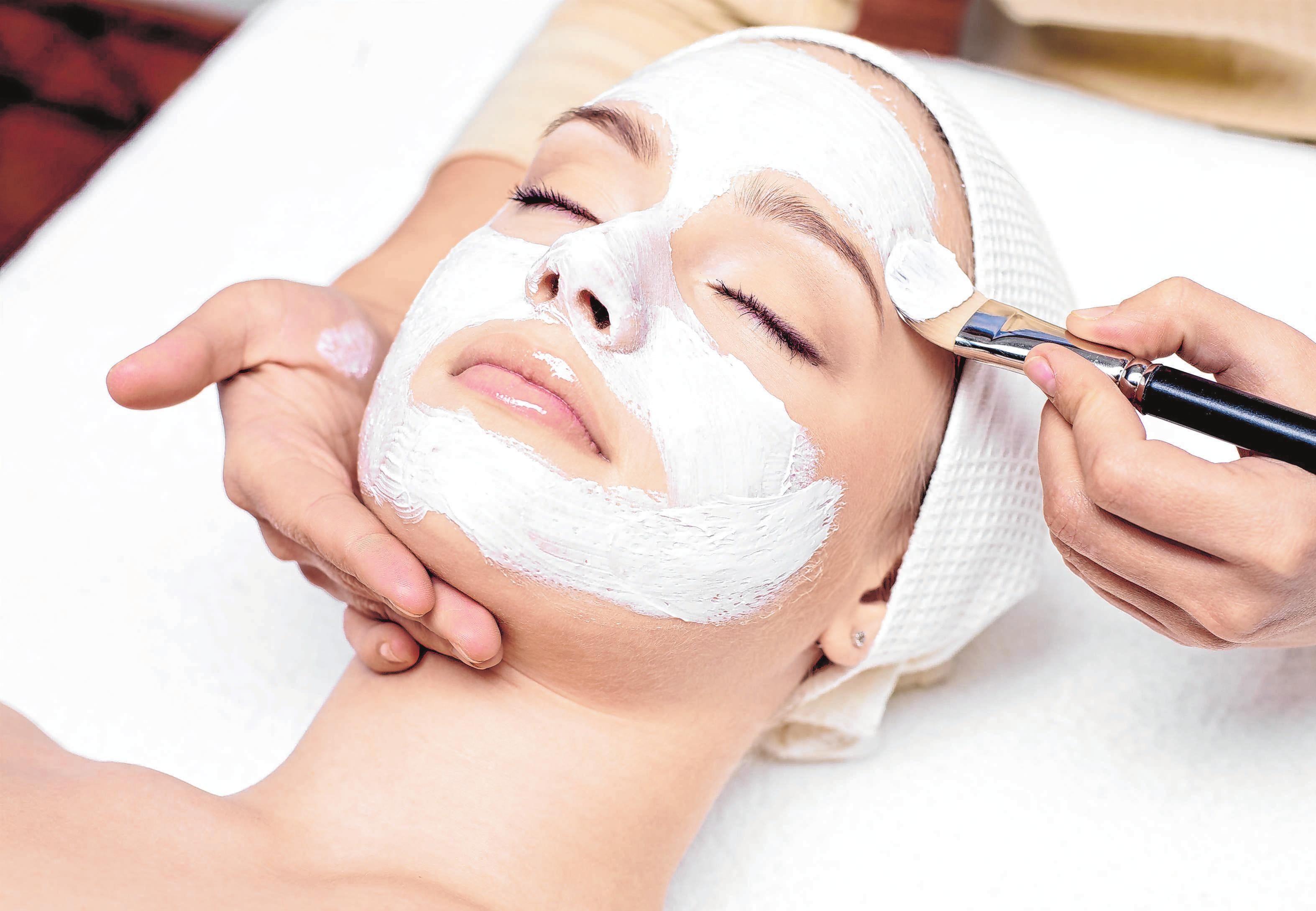 Abschalten, Wohlfühlen - bei Kosmetikern wie bei allen Schönheitspflegern ist man in guten Händen. Foto: © Valua Vitaly/shutterstock.com