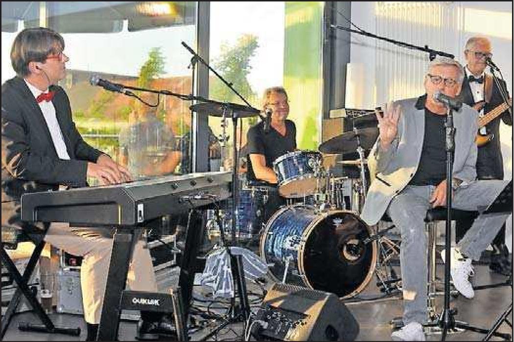 """Die """"Gentle Jackets"""" spielen am Samstag. FOTO: FRED G. SCHÜTZ"""