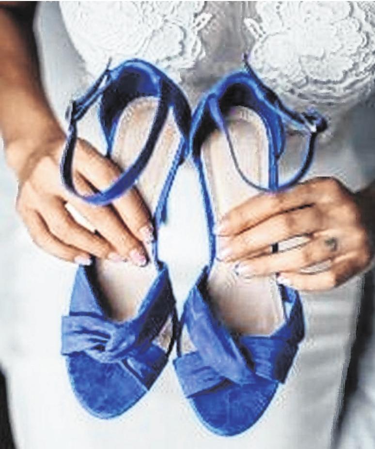 Das klassische Blau gilt als Hochzeits-Trendfarbe des Jahres. FOTO: WEDDIX.DE/GETTY IMAGES