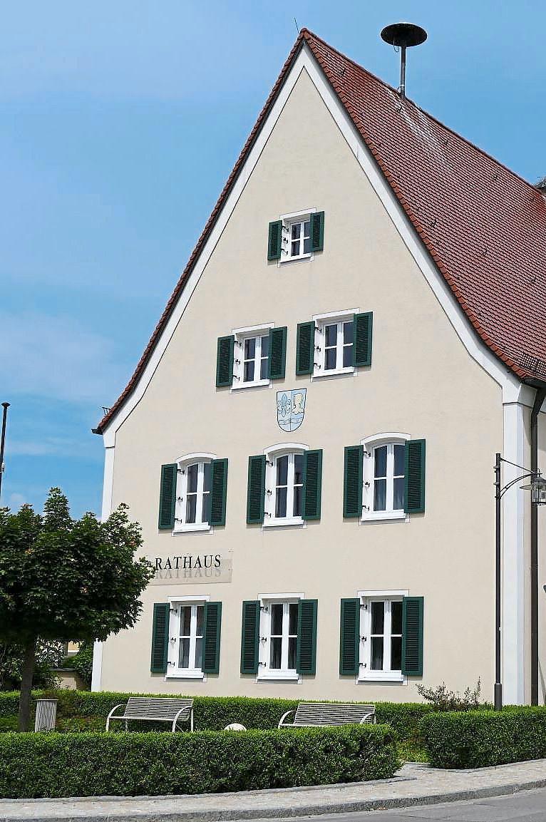 Das neue Rathaus von Baar-Ebenhausen befindet sich im Gemeindeteil Ebenhausen. Die Ortschaft liegt rund 12 Kilometer südlich von Ingolstadt. Foto: Gemeinde Baar-Ebenhausen