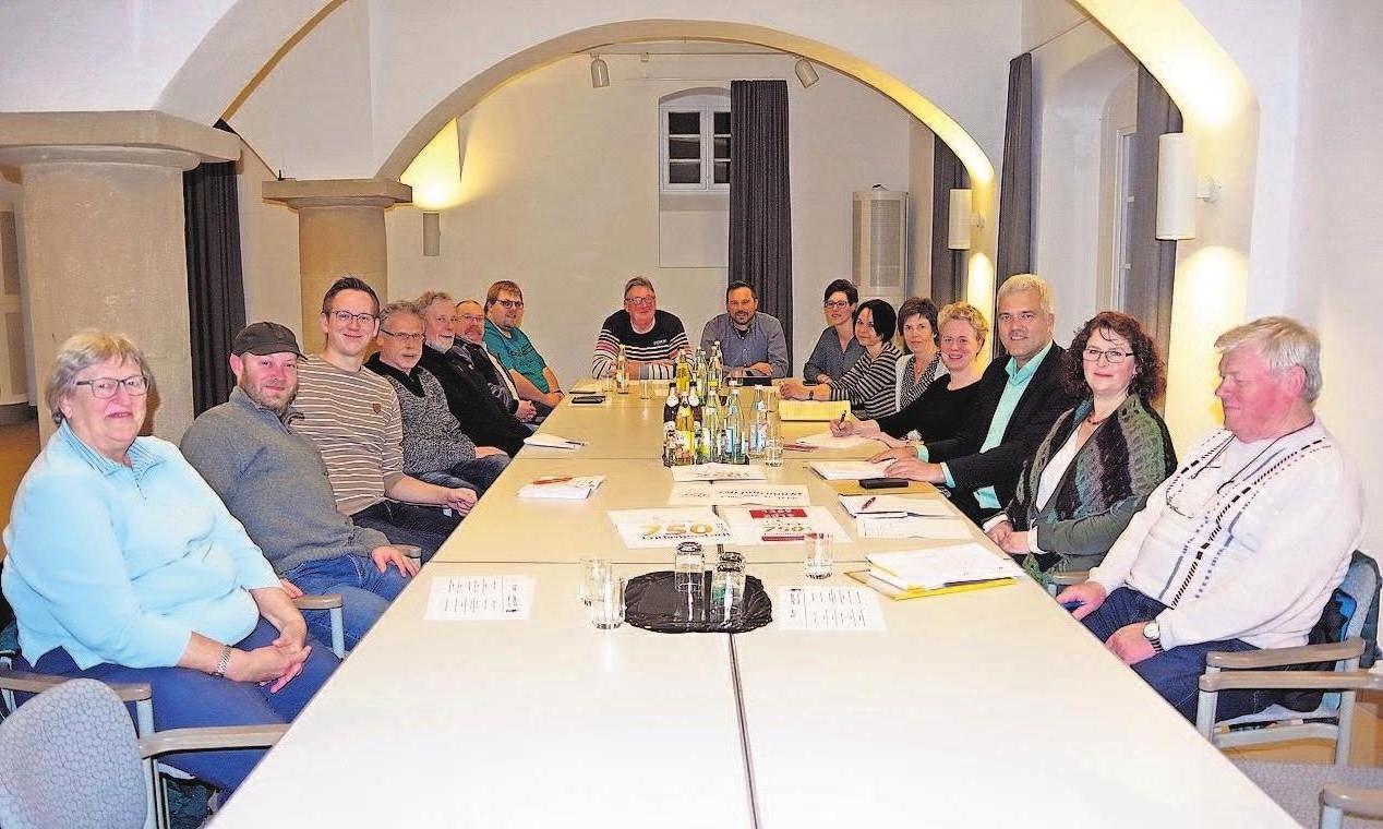 """Die Projektgruppe """"750 Jahre Ludwigsstadt"""" hat sich mächtig ins Zeug gelegt. Foto: Schülein"""