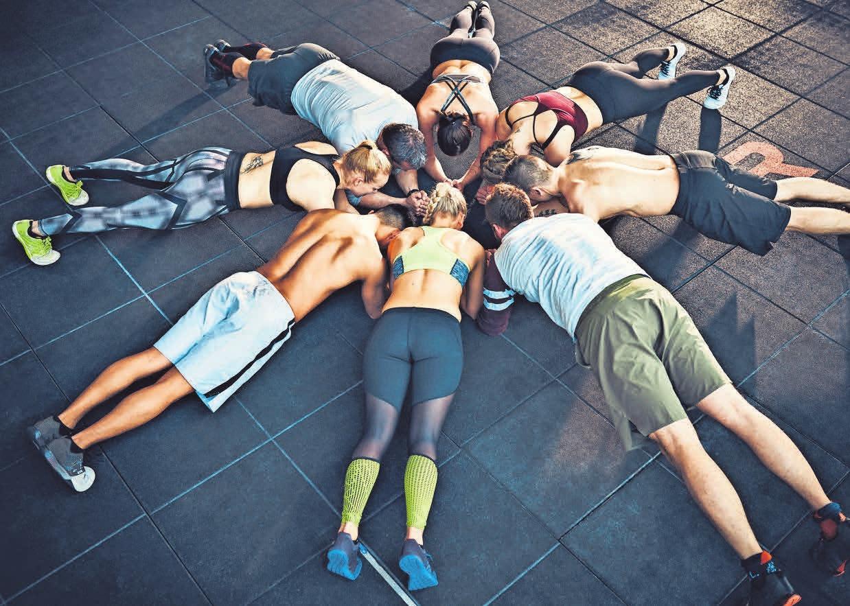Mit mehr als 230 Kursen im Monat bietet das Studio im Einkaufspark Klein-Buchholz ein breitgefächertes Fitnessprogramm.