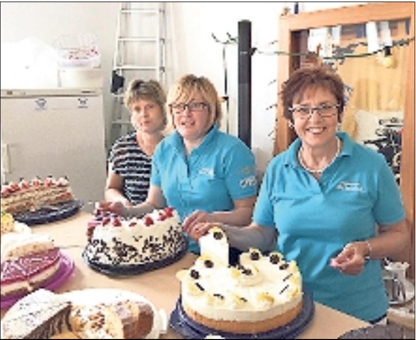 Selbst gebackene Kuchen, Torten und Küchla – wer kann da schon Nein sagen? Fotos: red