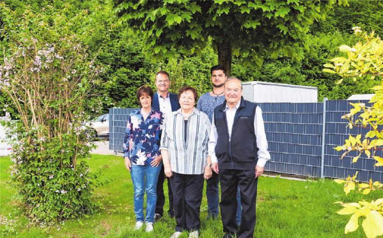 Jürgen und Ursula Wissner mit Sohn Stefan Wissner Hermann und Renate Wissner - die Eltern von Jürgen Wissner.