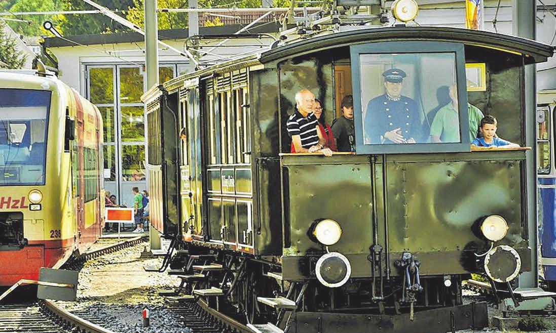 Die Trossinger Eisenbahnen sind Museumsstücke - und voll einsatzbereit. Beim Pfingstmarkt gehen sie wieder auf Tour. FOTO: RAPF