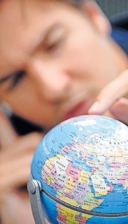 Kostspieliges Abenteuer: Ein Teil der Ausgaben für ein Auslandssemester lässt sich absetzen. FOTO: JENS SCHIERENBECK/DPA