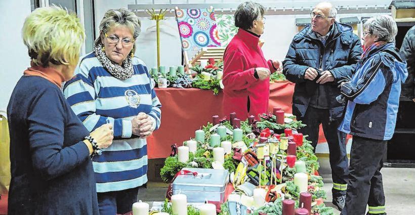 Selbstgemachtes steht am Wochenende beim Crombacher Weihnachtsmarkt zum Verkauf.Zahlreiche Teilnehmer werden erwartet. Archivfotos: kaio