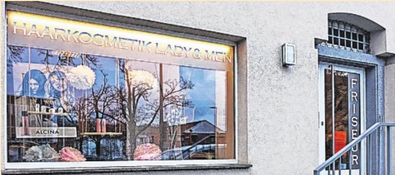 """Willkommen im Friseursalon """"Lady & Men"""", Sedanstraße 24. Hier geht ein kreatives Team ans Werk."""