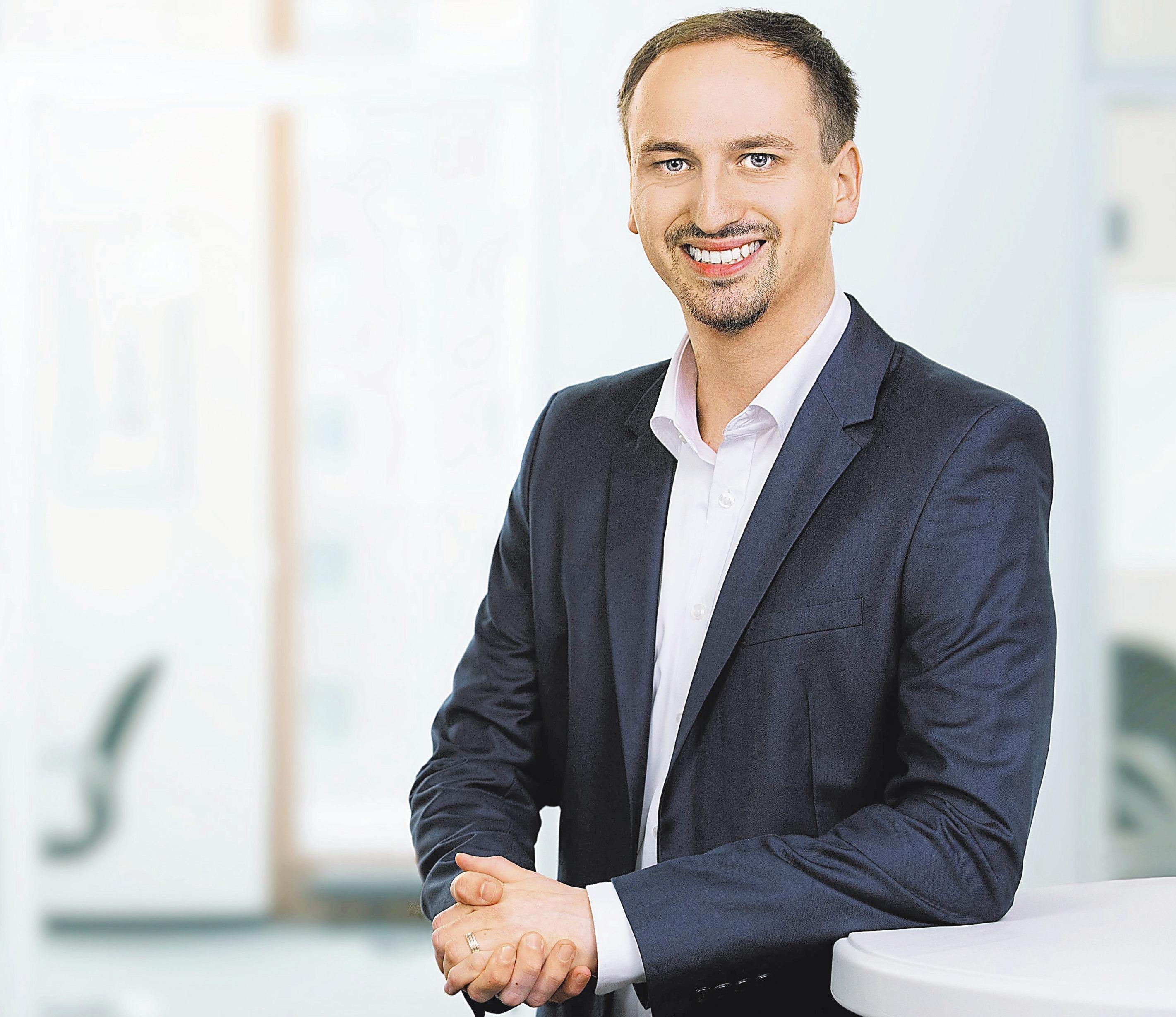 Sven Thiveßen ist jetzt nach erfolgreich abgeschlossener Ausbildung Softwareentwickler bei GuideCom.  Foto: GuideCom