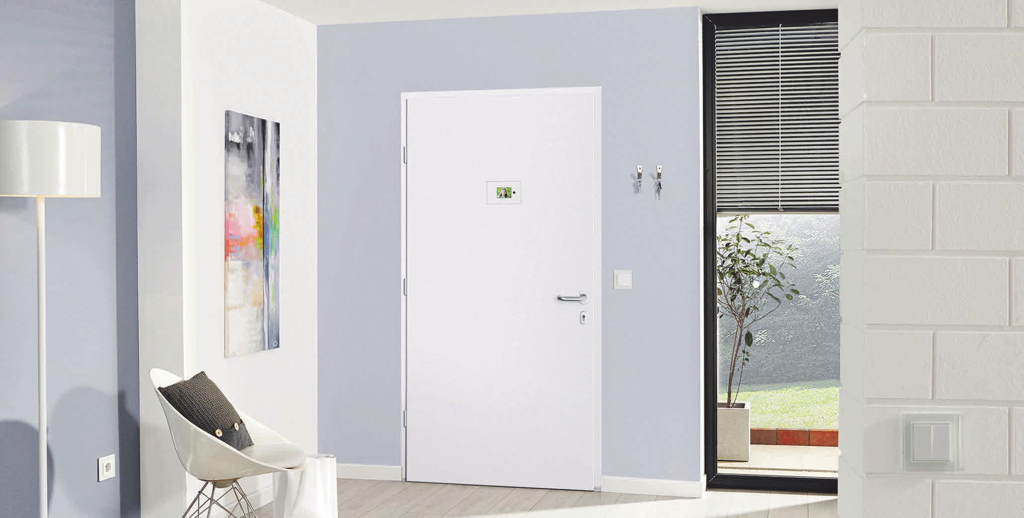 Haustürfüllungen von Rodenberg können nicht nur den Alltag komfortabler gestalten, sondern dank integrierter Sicherheitsmaßnahmen auch vor Eindringlingen schützen. Foto: epr/ Rodenberg