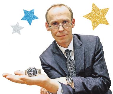 Norbert Ludwig besitzt als Uhrenfan natürlich selbst die Moonwatch Omega Speedmaster Professional.