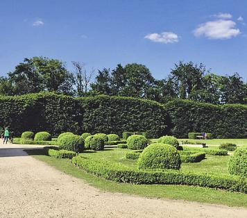 Im Schlosspark Gracht können sich Spaziergänger erholen Foto: Kathrin Höhne