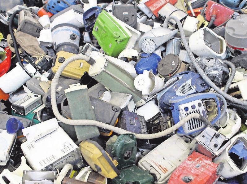 65 Prozent des Elektroschrotts soll ins Recycling. FOTO: B.THISSEN/DPA