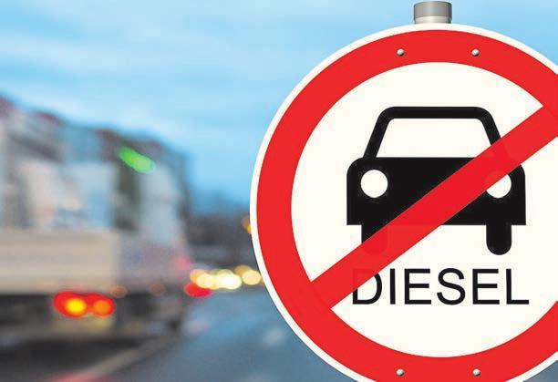 Ältere Diesel müssen draußen bleiben: Als erste Stadt setzt Stuttgart ein Dieselfahrverbot für ältere Dieselfahrzeuge ein. Foto: © Riko Best / Fotolia.de