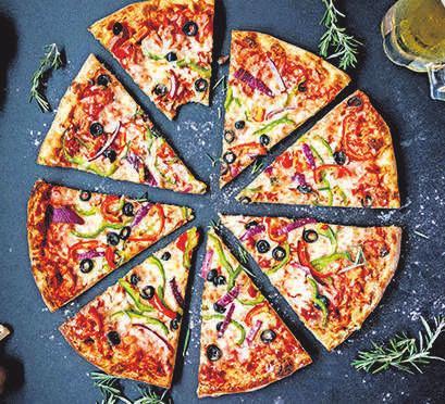 Wer Lust auf eine Pizza hat, kann diese nun auch wieder im Restaurant genießen. FOTO: PIXABAY