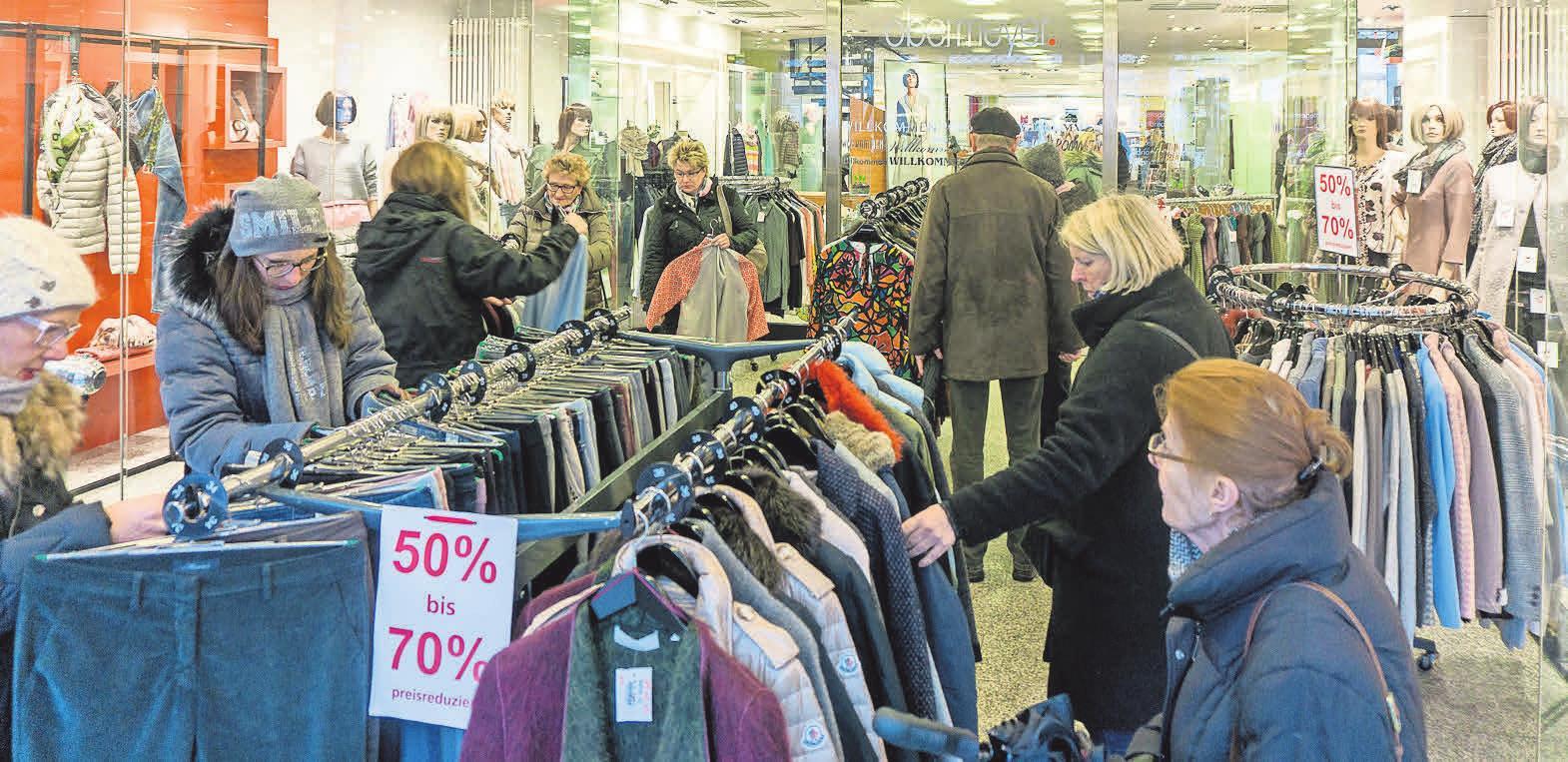 Staunen, Stöbern und Shoppen – die Geschäfte haben am Verkaufsoffenen Sonntag von 13 bis 18 Uhr geöffnet.