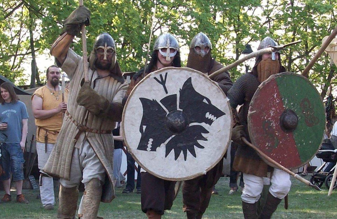 Die Wikinger zeigen Lebensfreude, Kampfeslust, Tradition und Handwerk. FOTO: MZ-ARCHIV/VERANSTALTER