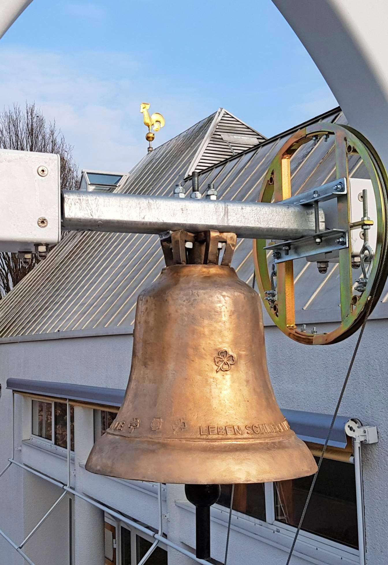 Buga-Glocke läutet jetzt auf dem Neuberg Image 1
