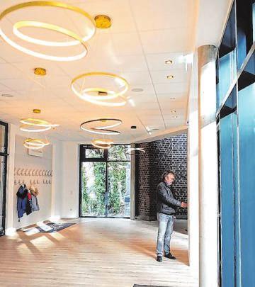 Die multifunktionalen Räume bestechenmit Übersichtlichkeit und einem raffinierten Design. Fotos: Dr. Volker Gastreich
